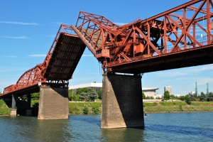 Broadway Bridge Portland bascule span open
